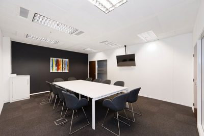 meeting room in leeds serviced office space